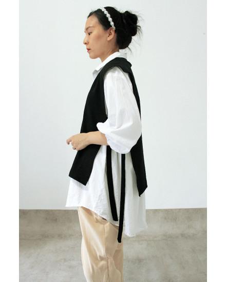 Moya Vest Black
