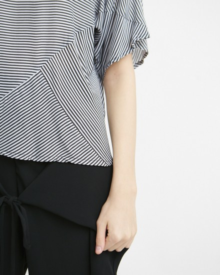cova top black stripes