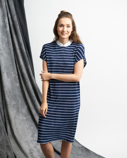 funan pleats dress navy