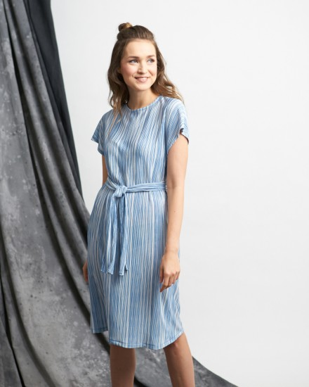 karan pleats dress blue