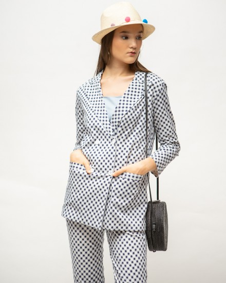 cally outer gingham