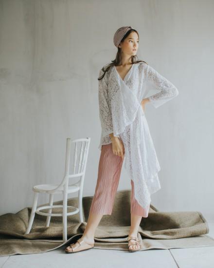 kaline abaya white
