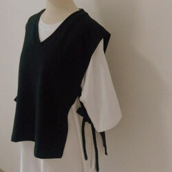 Monday combo : moya vest black + everyday dress whitev